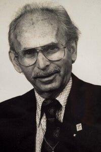 Yaakov Riz, Founder